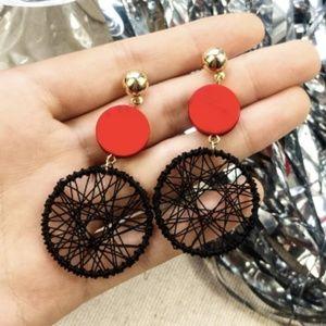 New, hollow mesh dangle earrings